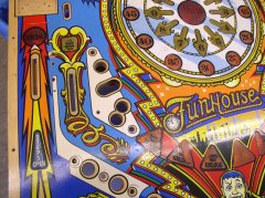 playfield-funhouse-vorher6.JPG