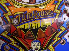 playfield-funhouse-vorher7.JPG