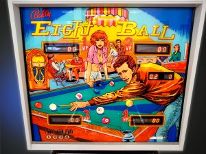 eight-ball-08